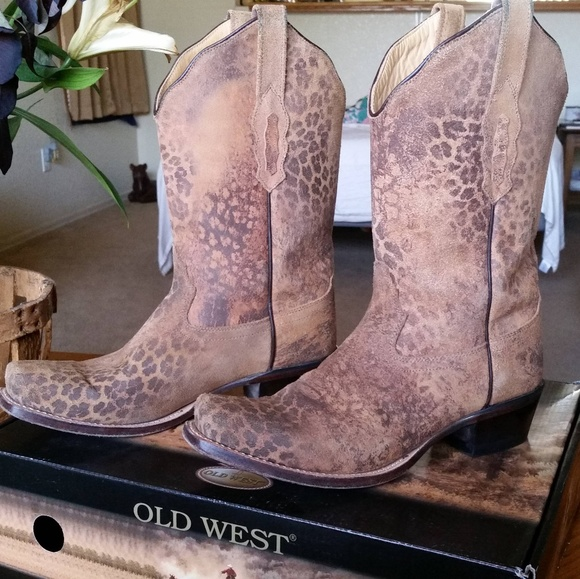 Old West Shoes - Boots